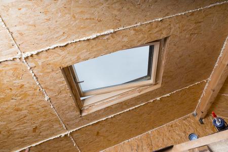 Dachfenster aus Holz eingebaut