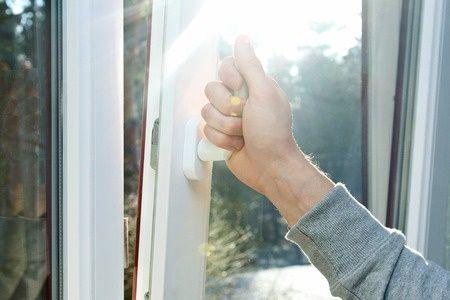 Fenstereinbau muss präzise und sauber verlaufen